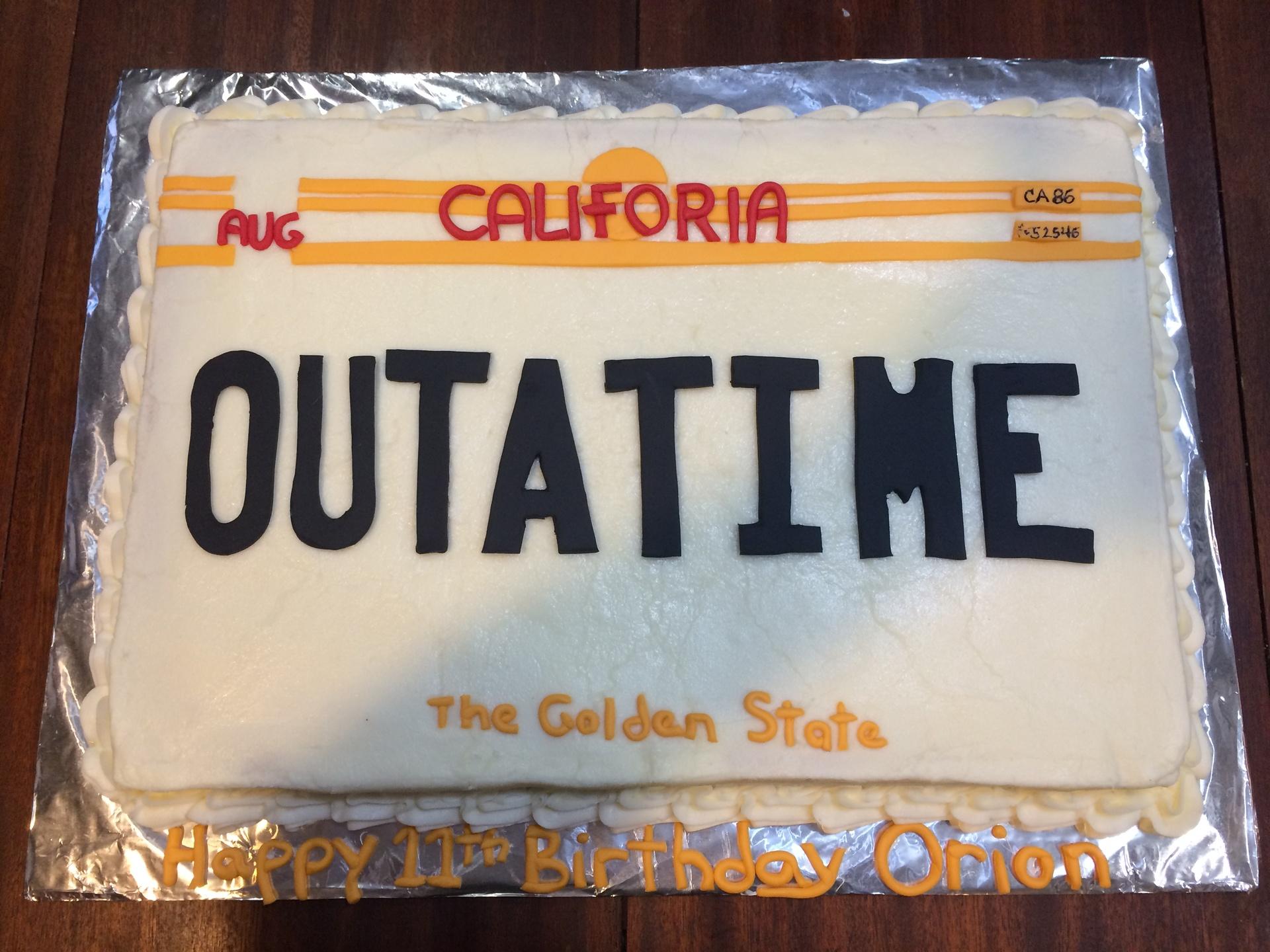 Outatime Plate Cake